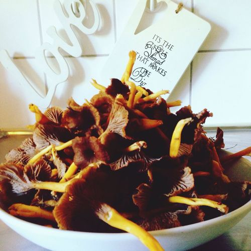 Close-up Indoors  Food Freshness Flower Indulgence Ready-to-eat Dessert Mushrooms