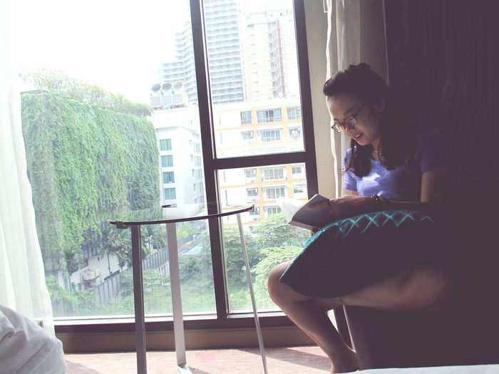 Holiday Inn Express Bangkok Thailand. Reading Book