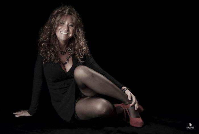 Sensuality And Red shows Con @stefania.lena Copyright © 2015 - Photo @SalvoCici - All Rights Reserved http://www.facebook.com/salvociciart https://www.flickr.com/photos/salvo-cici/
