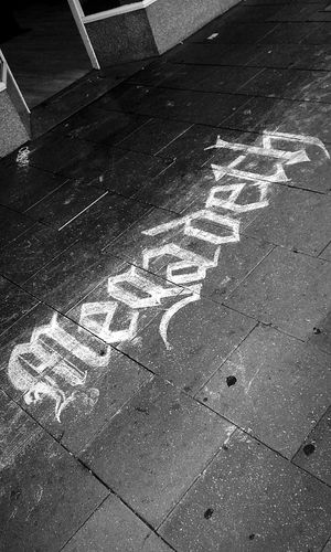 Megadeth Sidewalk Chalk Thrash Metal Pedestrianwalkway Sidewalks Sidewalk Discoveries Sidewalk Pedestrian Path Sidewalk Photography Sidewalk Art Sidewalkchalk Sidewalk Things Thrashmetal Streetphotography Streetphoto_bw Blackandwhite Signs Street Photography Bands Taking Photos Check This Out Sign Urban Art EyeEm Gallery Taking Pictures