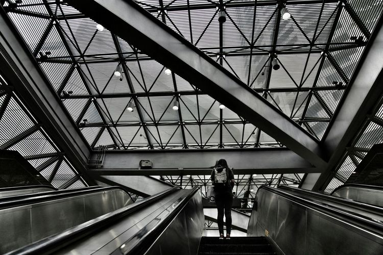 Geometric Shapes Leading Lines Black And White Architecture City Life Singapoor