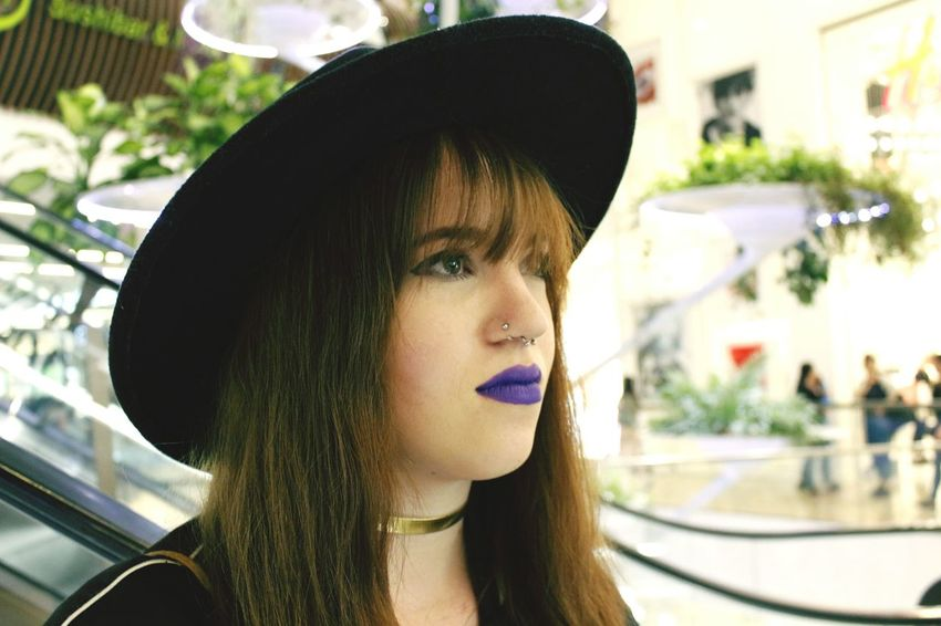 Purple lips 👄💜 Shooting Photos Shoot Modeling Shoot Model Girl One Person Lips Lipstick Nyxcosmetics Nyx Lipstick NYXSoftMatteLipCream Nyxcosmetic Piercings Piercingsepto Nostrilpiercing Septumpiercing