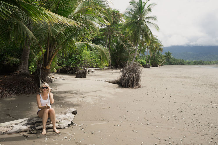 Beach Beauty In Nature Nature Outdoors Palm Tree Sand Scenics Vacations
