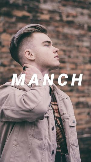 MANCH OBSESSION family Model MANCH OBSESSION Vintage Streetphotography Architecture EyeEm Selects Portrait Happiness Smiling Close-up Thinking