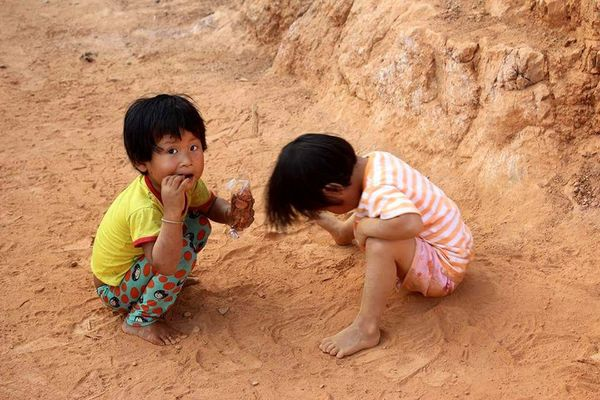 Child Sand Children Only Girls Childhood Animal Boys People Two People Friendship Smiling Desert Day Outdoors Mammal Adult EyeEmNewHere