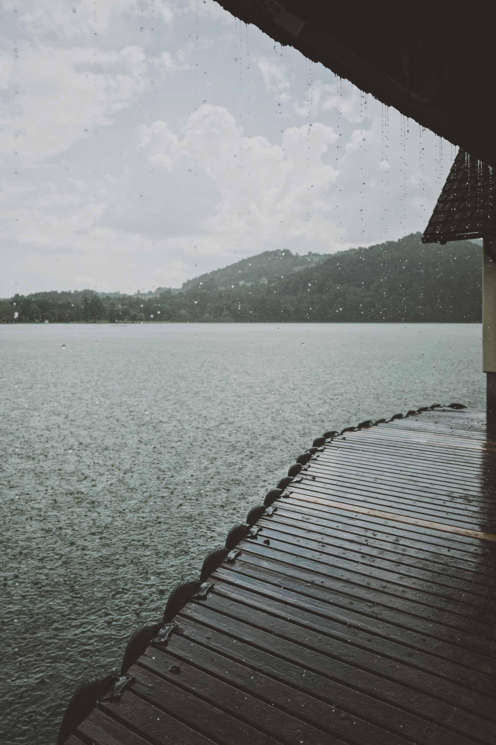 water, lake, sky, day, nature, beauty in nature, no people, tranquility, pier, wood - material, scenics - nature, tranquil scene, outdoors, rippled, cloud - sky, railing, architecture