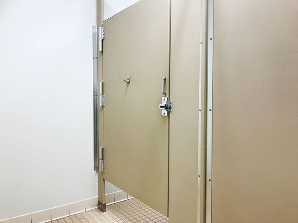 Public restroom stall door USA Gap Nature Calls Restroom Stall EyeEm Selects Dressing Room Locker Room Indoors  No People Architecture Protection Entrance Door Safety Closed Built Structure Copy Space Public Building Bathroom Metal Public Restroom Wall - Building Feature Building