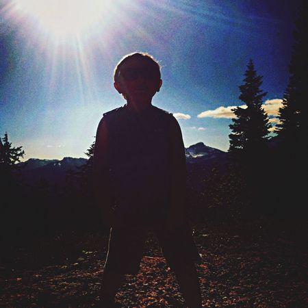 Snowy Mountains Sillhouette Child Model Mt. Rainier