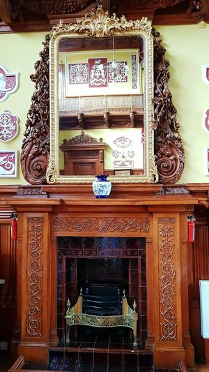 Indoors  Woodwork  Wood Carving Woodworking Wood - Material Old Architecture Wooden House Mirror Mirror. Reflection Ornamental Art Beautiful Woodwork