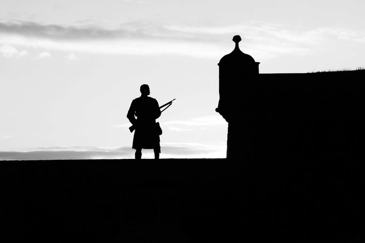 Silhouette of the Soldier Monument at Stirling Castle Silhouette Sky Cloud - Sky Standing Outdoors Built Structure Soldier Monument Stirling Stirling Castle Statue