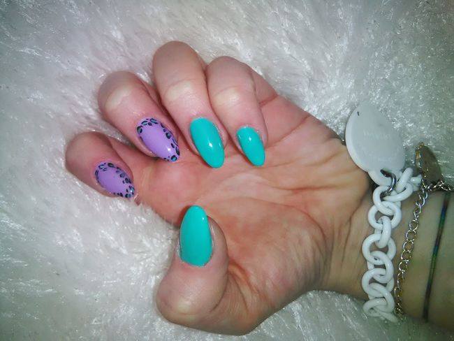 I love my nails 💜 Awesome Music Dancing Nails Nailart  Love My Nails :*  Nailpolishaddict My Nails  Nails Done Nailswag Nailstagram #nails