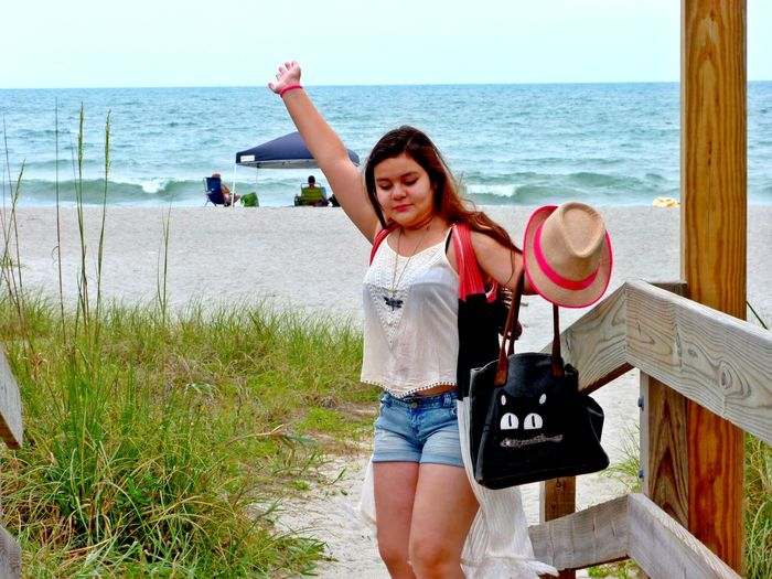 Beachlife Girl On The Shore Girl Power Girls At The Beach Life Is A Beach Lifestyles People On The Beach Playing At The Beach Summer 2016 Summertime Sun And Sand