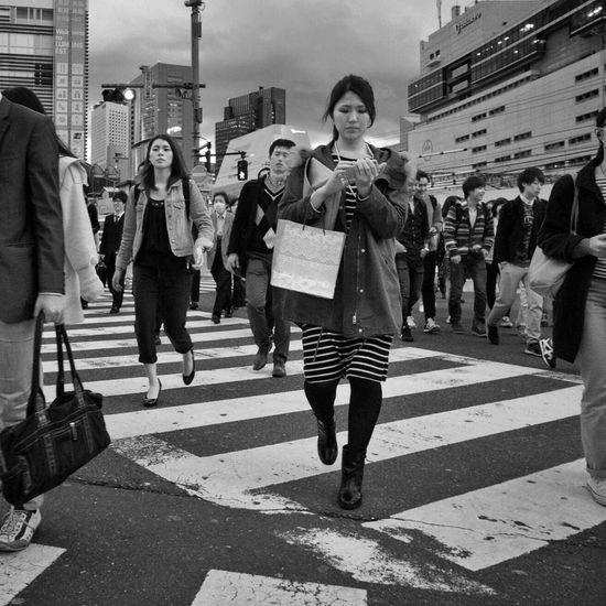 Strolling On The Road B&w Street Photography Streetphotography_bw City Life Snapshots Of Life People Snapshot City Street Crossing Shinjuku 新宿 , Tokyo Japan