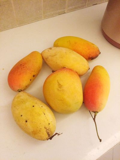 Mango festival Freshfruits Sweet Sweetfruit Whitebackground Thaifruits Color Red желтый тайланд фрукт манго Thailand Thai Food Yellow Fruit Mango Summer Exploratorium