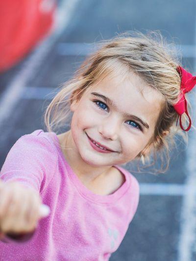 Childhood Kids Portrait Lifestyle Faces Colors Pink Smiling