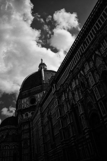 Art Blackandwhite Photography Black & White Black And White Blackandwhite Florence Italy Florence Florence Cathedral Firenze Architecture Built Structure Low Angle View Building Exterior Sky Religion Cloud - Sky Day Travel Destinations Outdoors History No People The Architect - 2018 EyeEm Awards
