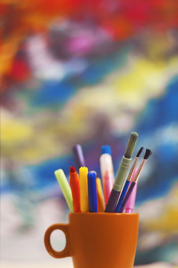 Mobile Bakhground Art And Craft Art And Craft Equipment Choice Close-up Colored Pencil Craft Creativity Desk Organizer Education Focus On Foreground Indoors  Large Group Of Objects Mobile Wallpaper Multi Colored No People Pen Pencil Selective Focus Still Life Variation Writing Instrument