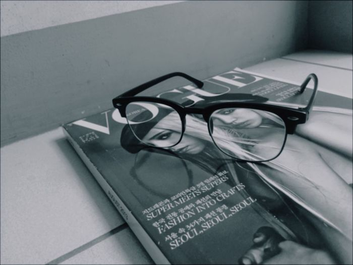 Glasses Blackandwhite Vogue