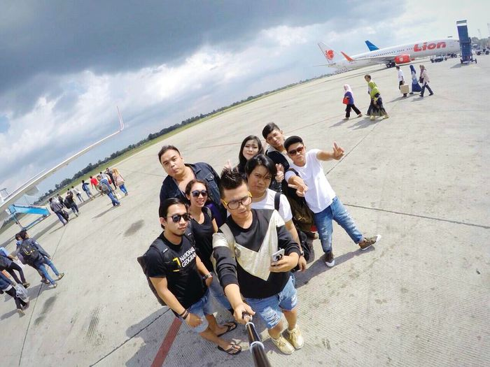 we are traveller Traveller Backpacker Airport Gopro