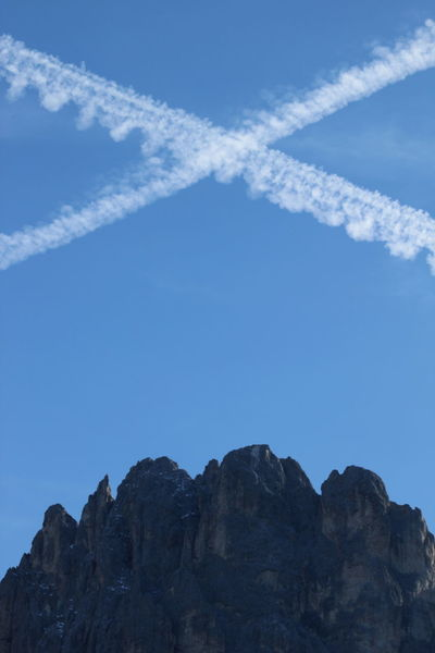 Airplane Autumn 2016 Beauty In Nature Day Dolomites Italy Nature No People Outdoors Rosengarten Sky Südtirol Vapor Trail