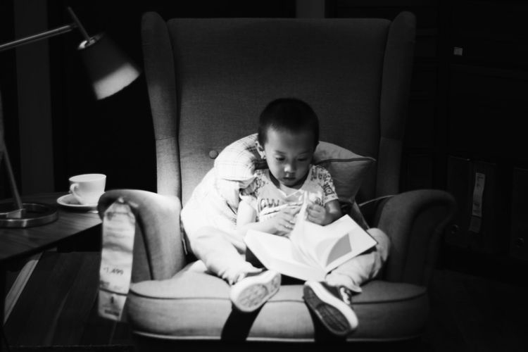 Reading boy Book Children Reading IKEA Light