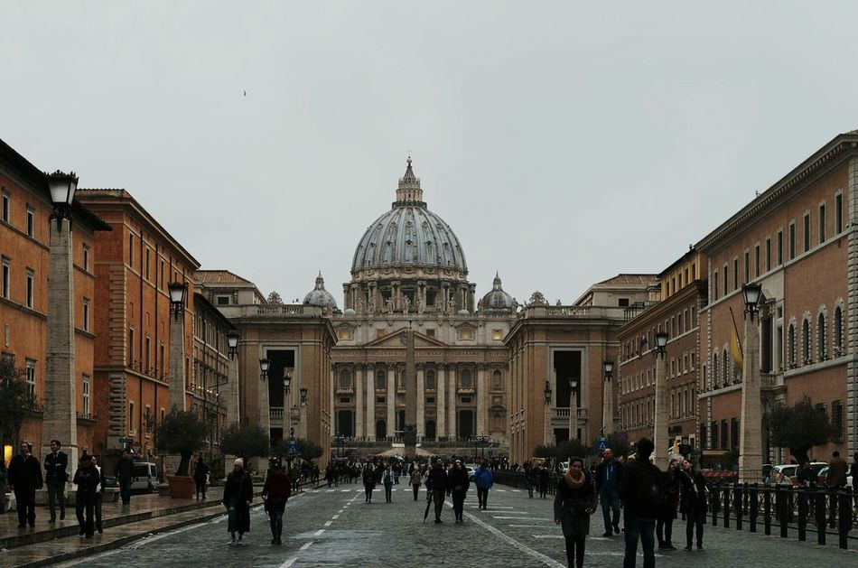 Church Catholic Pope Rome Italy Built Structure Travel Outdoors EyEmNewHere City Urban People IT Prospective Avenue Passage Architecture Building Exterior