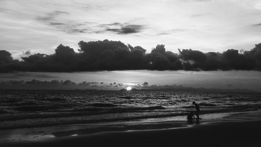 Beach Sea Nature Sky Vacations Day Beauty In Nature Sunset Blackandwhite