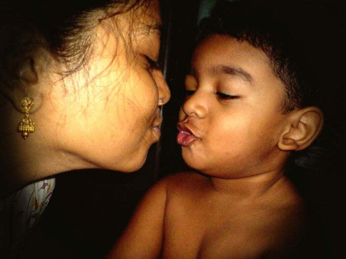 Showcase March EyeEm Gallery Eyeem Life 2 Mom And Son Kissing My Baby Kissing Lips Enjoying Life Boy