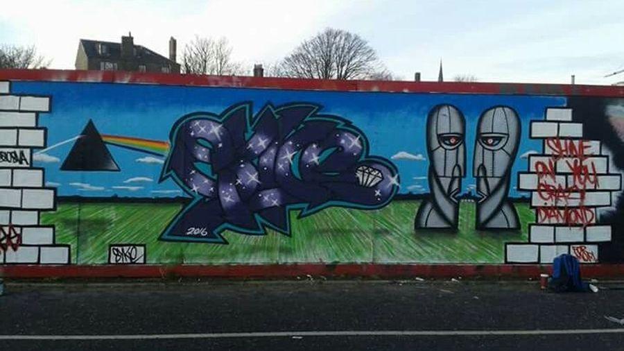 Syke Spraypaint Art And Craft Syke Pinkfloyd Graffiti