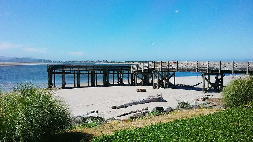 Dock by Mo's Lincoln City, Oregon Beach Outdoors Beauty In Nature Clear Sky