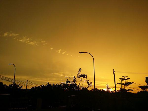 Yellow Sunset View Yellow Yellow Background Yellow Sky Sunset Silhouette Sky Dramatic Sky Atmospheric Mood Romantic Sky Atmosphere EyeEmNewHere