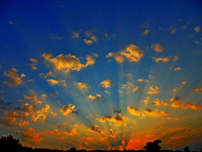 Cloud - Sky Beauty In Nature Sunset Sky Scenics - Nature Low Angle View Orange Color Outdoors Nature Yellow Backgrounds Blue Dramatic Sky Patterns In Nature Texture Art Abstract Backgrounds EyeEm Nature Lover Wildlife & Nature Wallpaper Backdrop Colorful View Model Hollidays
