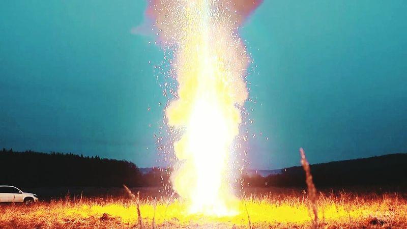 Boombeach Fire Wonderful 100 000 бенгальских огней выглядят действительно завораживающе