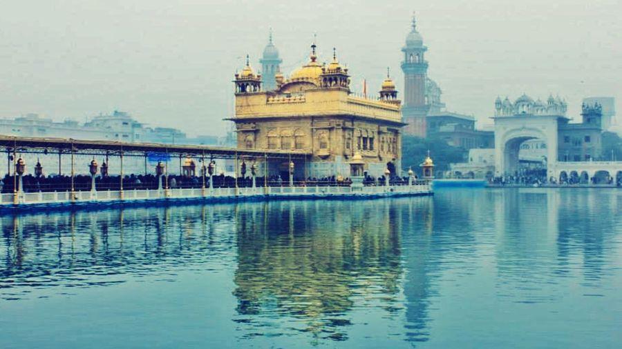 Sri Harmandir Sahib , Amritsar, Punjab, India Golden Temple, Amritsar Gold Peace History Architecture Water Sikh Temple Sacrilegious84 Abode Of God