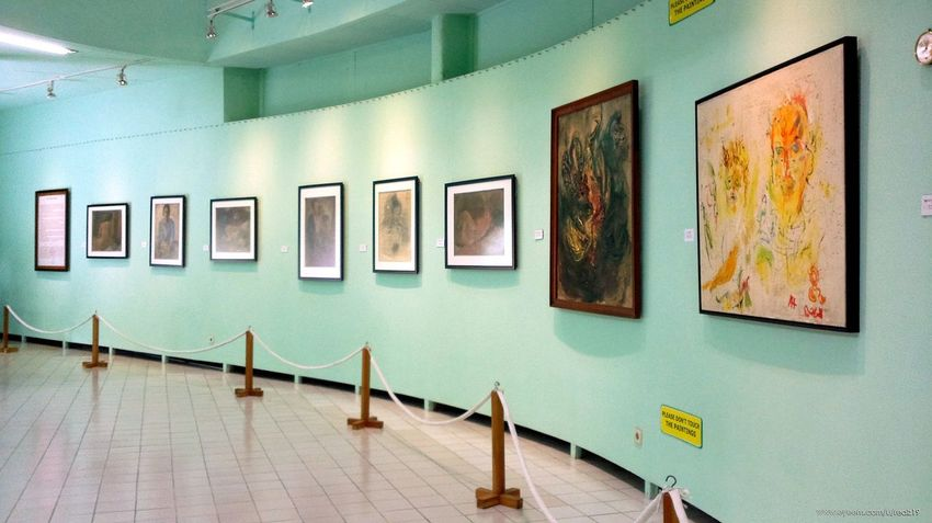 The Second Gallery view. Painting Painting Oil Colour Neat No People Indoors  Education Museum Tour Museum Affandi Affandi Museum Affandi Museum Art Yogyakarta Jogja Djogjakarta INDONESIA Wall