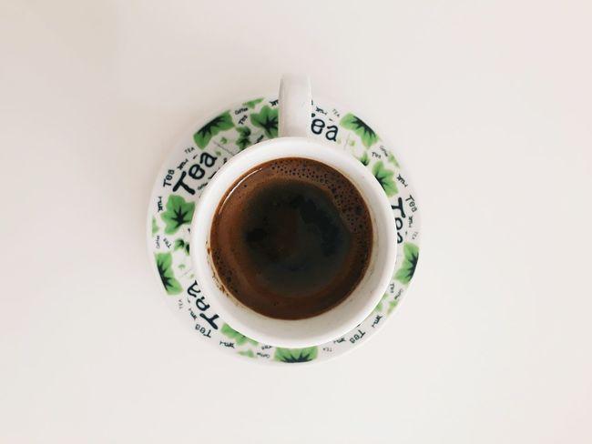 Kahvenin hatrı boynuna dolanasıca nazeninim nerede kaldın ..☕ First Eyeem Photo Drink Coffee Cup Coffee - Drink