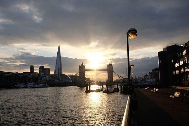Tower Bridge at Sunset Towerbridge London Sunset Theshard Londonist London4all Prettycitylondon London_enthusiast Instalondon Fujixt10 Xt10 Grittyprettylondon