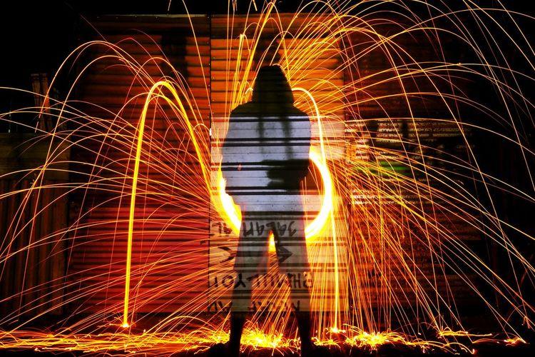 Rethink Things Long Exposure Motion Night Wire Wool Light Trail EyeEmNewHere Lightpaintingphotos LightPainters Speed Be. Ready.
