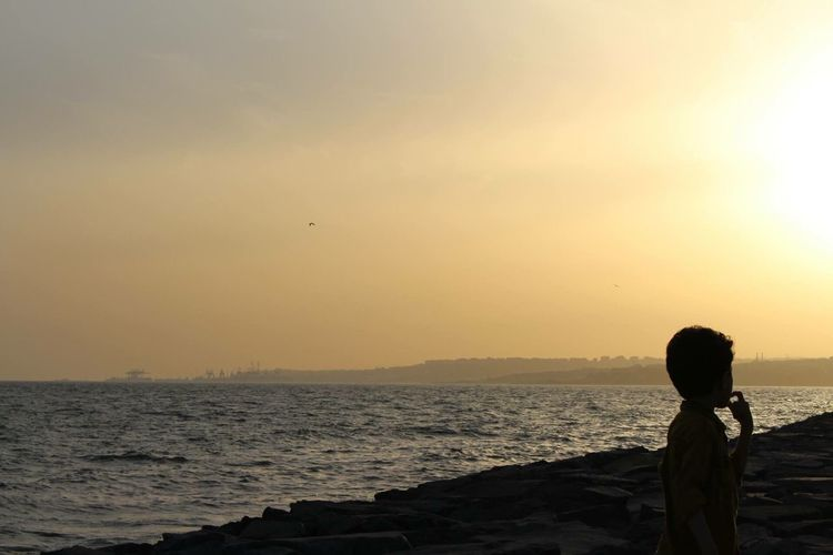 Istanbul Turkey Taking Photos Eye4photography  Traveling Sunset Silhouettes Minimalism Enjoying The Sun Travel Creative Light And Shadow Sunset Peoplephotography Streetphotography Sunshine