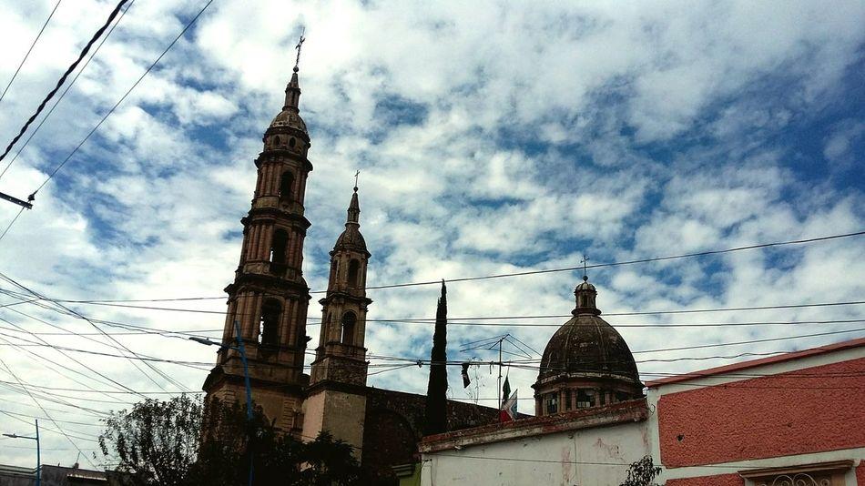 Guanajuato, México Colonial Architecture Parroquia Sky s Sky Blue Sky