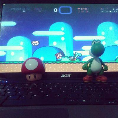 Acho que tem muita gente escapando dos jogos... HAUAHAUAHAUA Mushroom Mario Mcdonalds Supermario supermarioworld yoshi