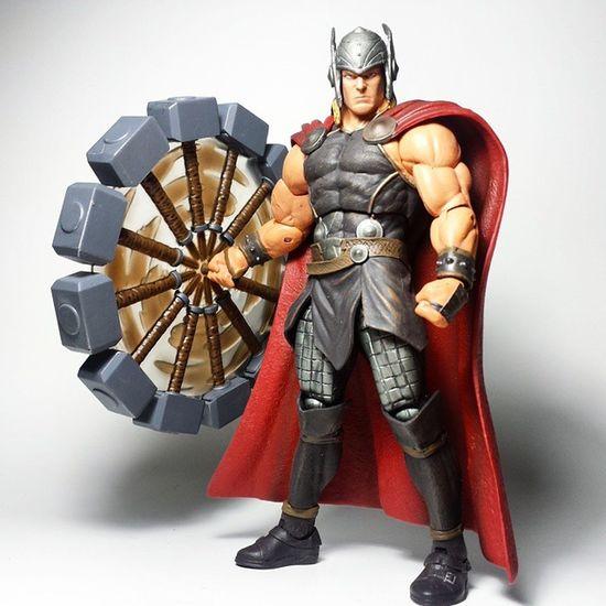 Thor  Odinson Asgard Mjolnir Asgardian Thorodinson Godking Marvel Marvelselect Diamondselect Disney Toy Toyphotography Toypizza Toysarehellasick Toycollector Toyslagram Toyunion Toycollection