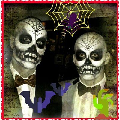Just some guys on Dia de los Muertos I did at the shop.Mainstreethaircompany make-up Beautybytammy Halloween scoonerorlater diadelosmuertos