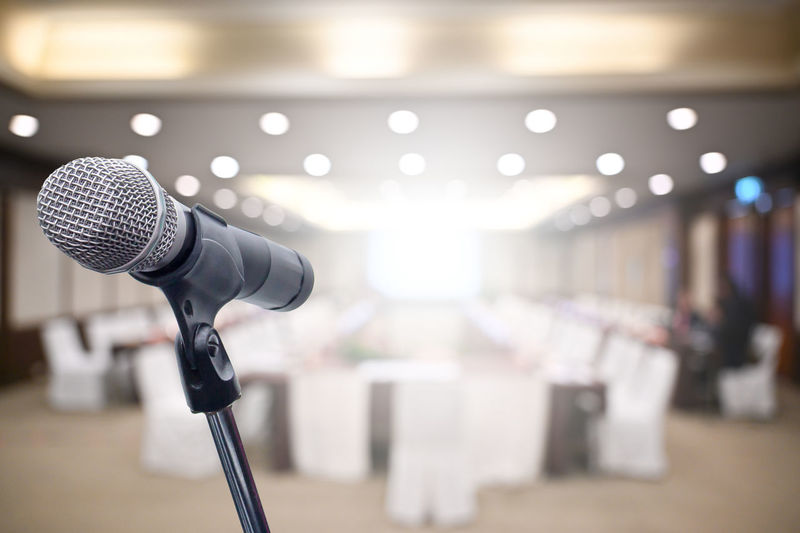 Microphone over