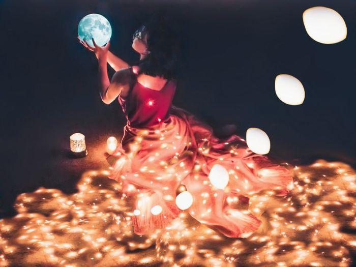 long dress long light long love Dess Night Light Fairy Lights Colors Light And Shadow Moonlightscape Moon Lamp Dreamer Dreaming Magical Skrit Girl Art Magic Moments Red Star Field Moonlight Full Moon Nebula
