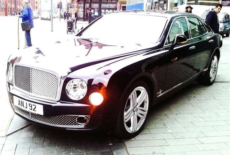 My new whip. jk lol. Was parked outside Manchester Hilton hotel. Very grandiose. Jag I think. JAGUAR Nice Car Stylish Posh Parked Up Parked Car Manchester