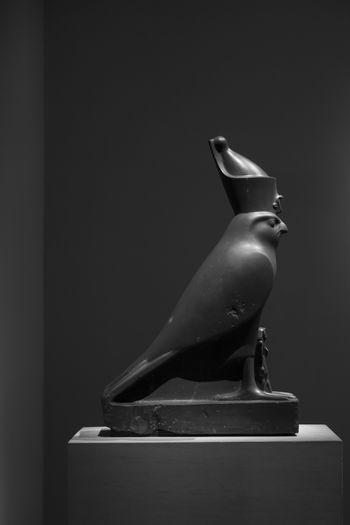 B&w Egypt Met Museum Metropolitan Metropolitan Museum Of Art Museum Pharaoh Statue