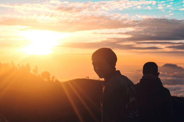 Be. Ready. Nature People Friendship Sunset Summer Happiness mountain Mountain Outdoors Sky Silhouette Togetherness Two People Sunlight Adults Only Sun Adult Men Young Adult Only Men Human Body Part Young Men Enjoyment Bonding