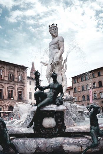 Fontana Del Nettuno Firenze Art And Craft Sculpture Representation Statue Human Representation Architecture Building Exterior Nature Creativity Fountain Sky History City Travel Destinations Cloud - Sky The Past Built Structure Water Male Likeness No People