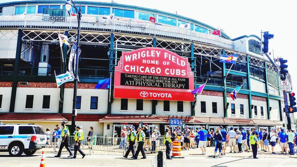 Wrigley Chicago ♥ Chicago Cubs Wrigleyfield Wrigley Field Baseball Mlb Go Cubs Go